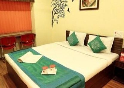 OYO Rooms Sealdah Near Entally Market