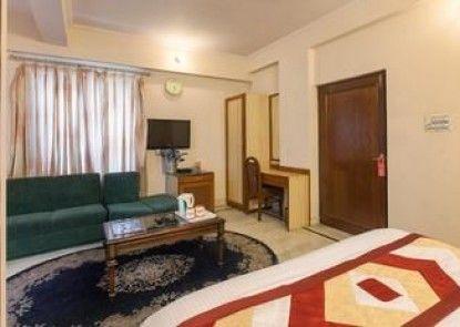 OYO Rooms Shanti Path Jawahar Nagar