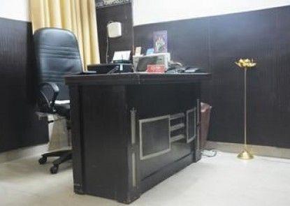 OYO Rooms Sikanderpur Metro