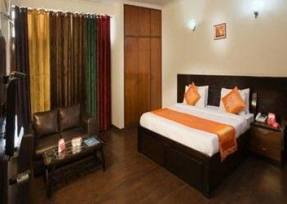 OYO Rooms Sikanderpur Metro DLF Phase 2