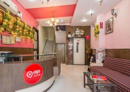 OYO Rooms Sindhi Camp Metro Station 2