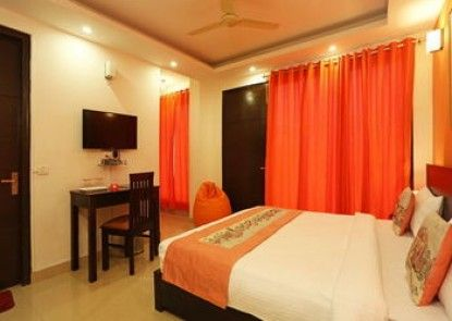 OYO Rooms South Ex Market