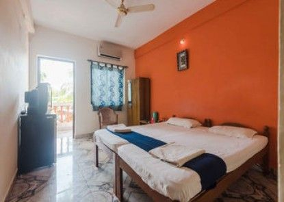 OYO StayOut Baga Party Guest House