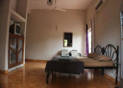 OYO StayOut Holiday Apartment Calangute