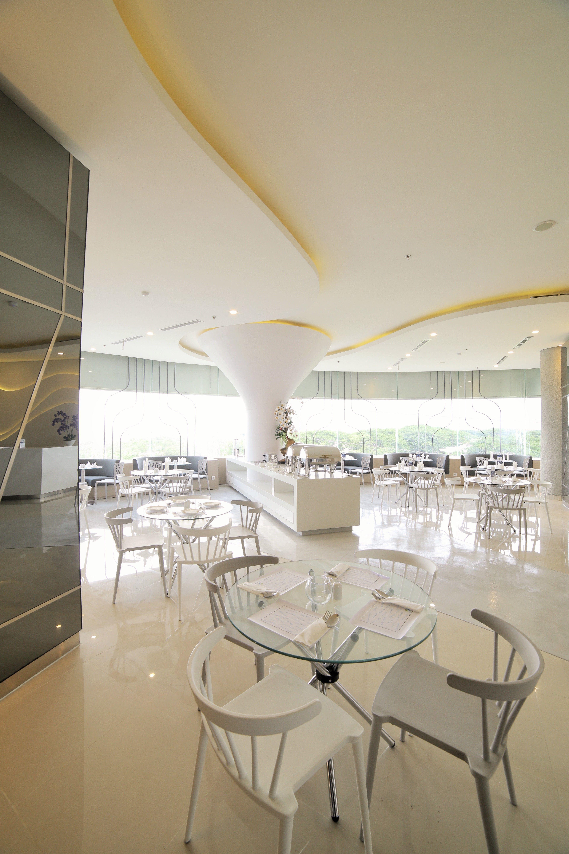 Ozone Hotel Pantai Indah Kapuk Jakarta,Hutan Bakau