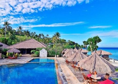 Pacific Beach Cottages & Villa Kolam Renang