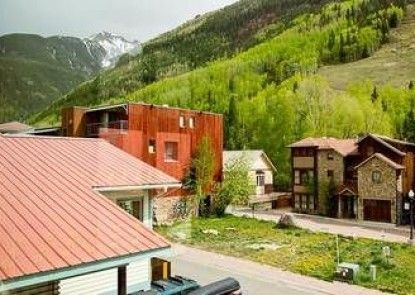 Pacific Street Townhome by Telluride Alpine Lodging