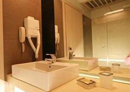 Palm Beach Apartments - Studio