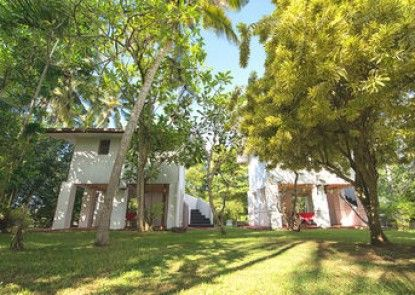 Palm Beach Inn and Sea Shells Cabanas
