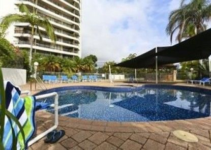 Palmerston Tower Holiday Apartments