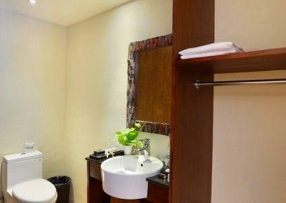 Pandawa All Suite Hotel Kamar Mandi