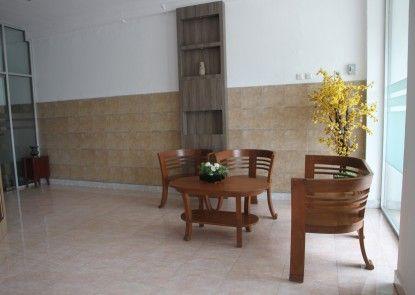 Pandora Hotel Mataram Lobby