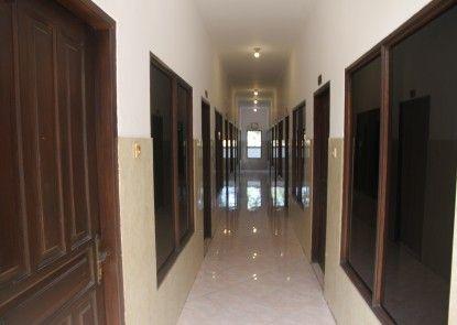 Pandora Hotel Mataram Eksterior