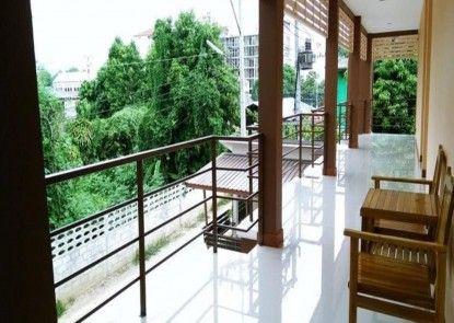 P and P Place Apartment Kanchanaburi
