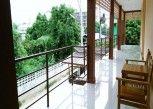 Pesan Kamar Standard Twin Room di P and P Place Apartment Kanchanaburi