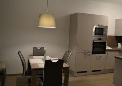 Panorama Apartment with Free Parking