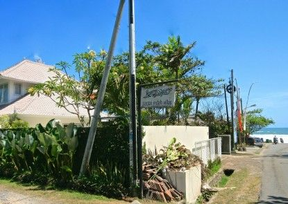 Pantai Indah Villas
