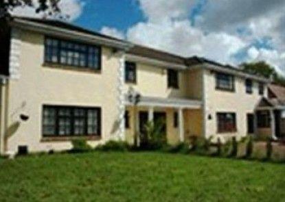 Parc Lodge Guest House Teras