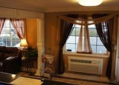 Park Avenue Inn and Suites
