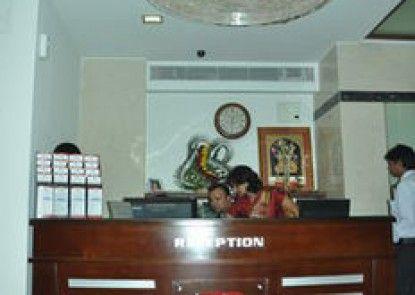 Parker Lords Eco Inn Ahmedabad