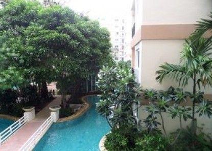 Park Lane Resort by West Joint Venture