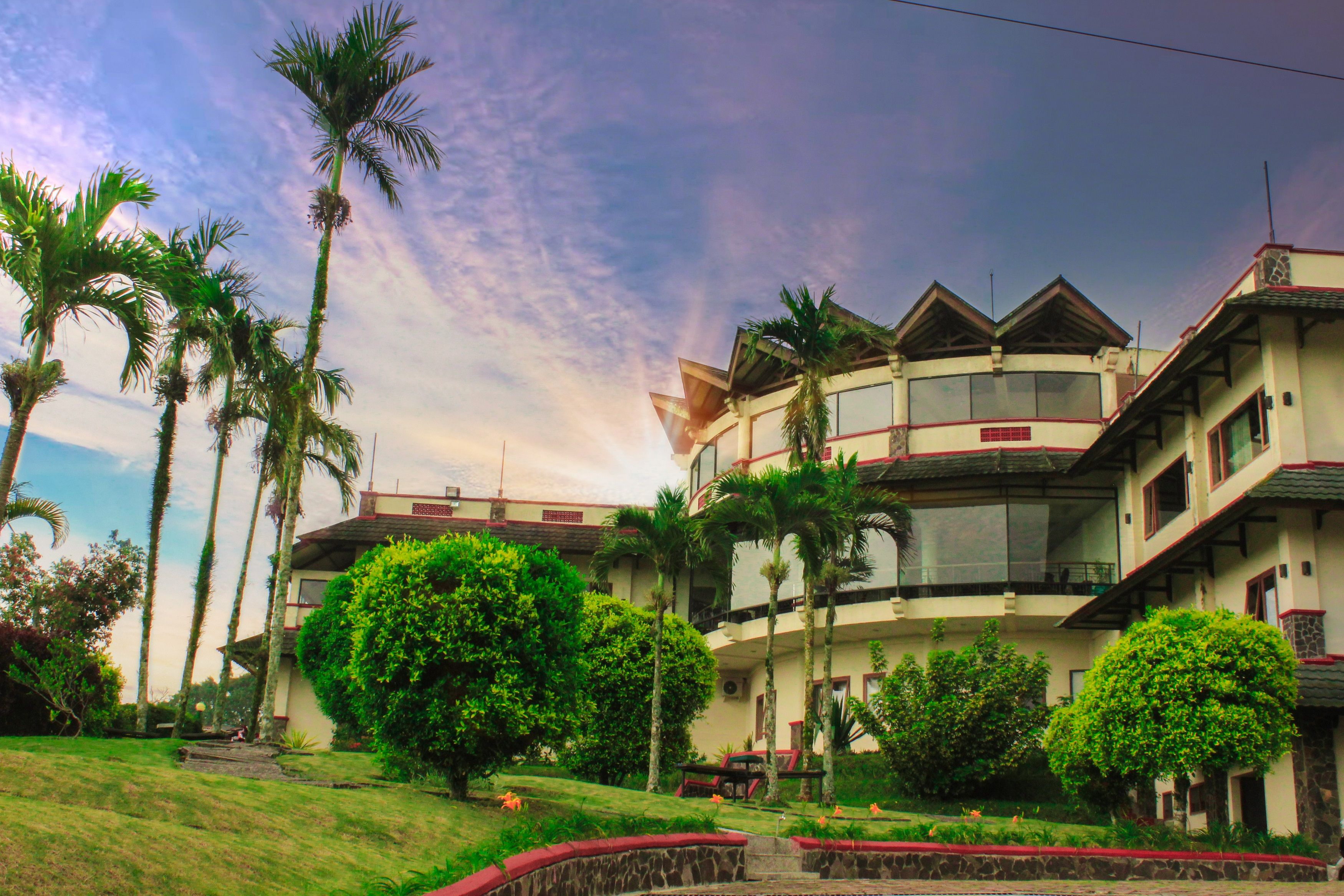 Parkside Nuansa Maninjau Resort,Tanjung Raya