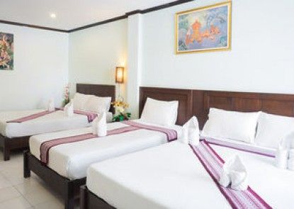 Patong Moon Inn Guesthouse