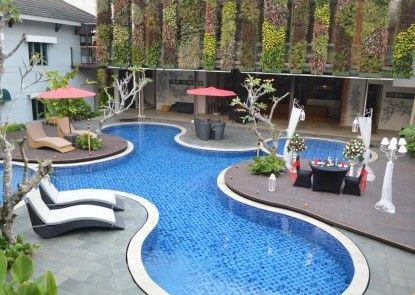 Patra Comfort Bandung Kolam Renang