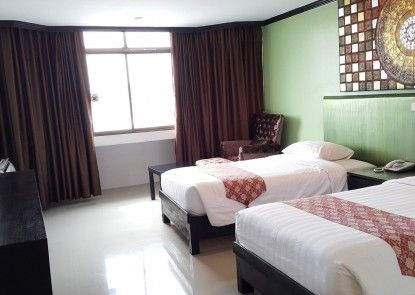 Pattaya Centre Hotel