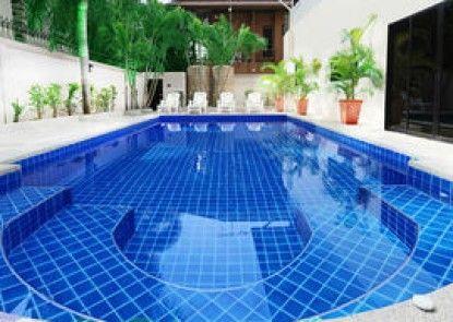 Pattaya Holiday Villas