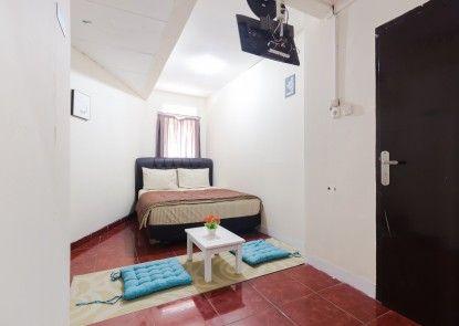 Pele Backpacker Guesthouse Kamar Tamu