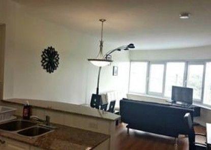 Pelican Suites at 50 Laurier