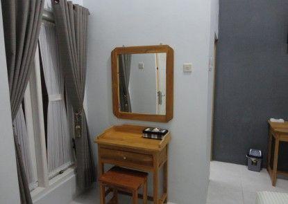 Pendowo Huis Guest House Interior