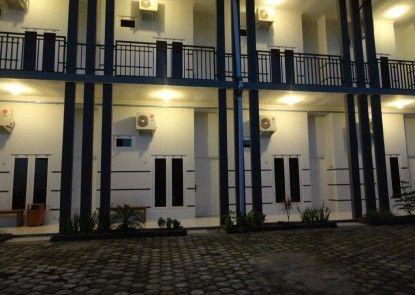 Pendowo Huis Guest House Eksterior