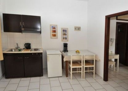 Pennystella Apartments