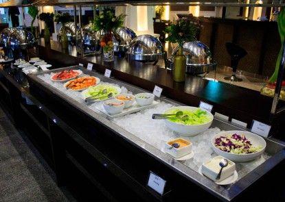 Permata Kuta Hotel Makan Prasmanan