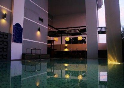 Pesonna Tugu Yogyakarta Kolam Renang