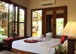 Pesan Kamar Deluxe Villa di Petchvarin Resort and Spa