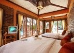 Pesan Kamar Pool Side Villa Sea View di Peter Pan Resort