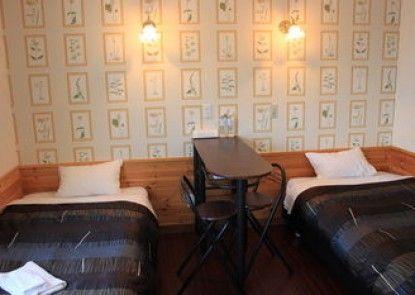 petit-hotel #MELON Furano