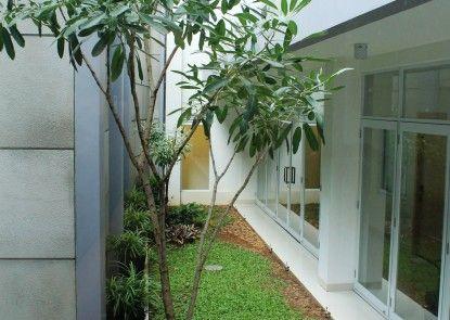 Petogogan Residence Teras