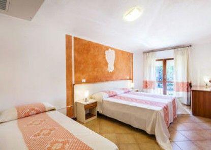 Petri Marini Hotel & Resort