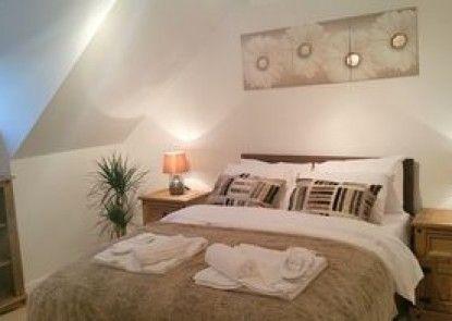 Peymans - The Luxurious Riverside Serviced Apartment