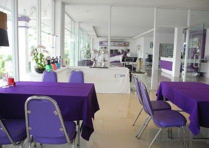 Phet Cha-am Plaza & Resort