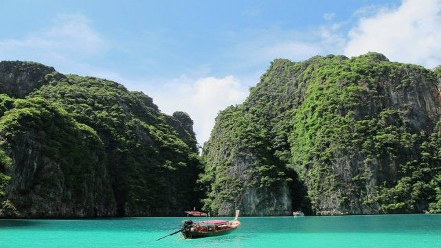 Phi Phi and Khai Islands with Maya Bay Tour by Speedboat