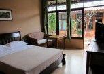Pesan Kamar Kamar Standar di Phuket Siam Hostel