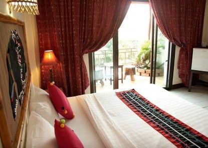 Phumanee Lahu Home Hotel