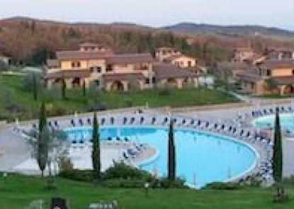 Pian Dei Mucini Resort Le Ville