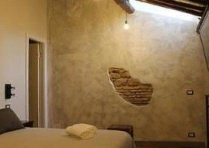 Piazza del Popolo Rooms