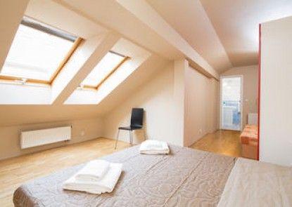Picasso Apartments Prague